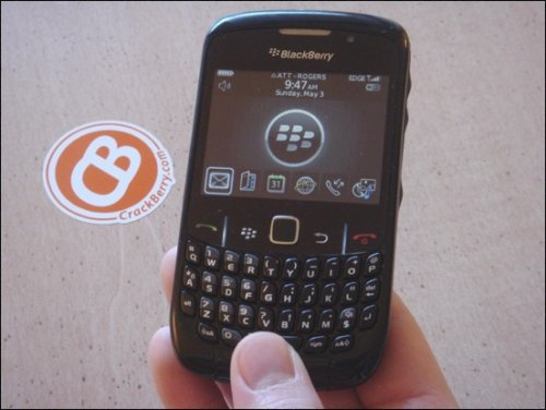 BlackBerry Curve 8520 gets reviewed
