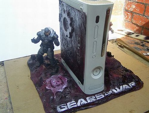 Gears of War Xbox case mod Gears of War fans are sure to love this Xbox case