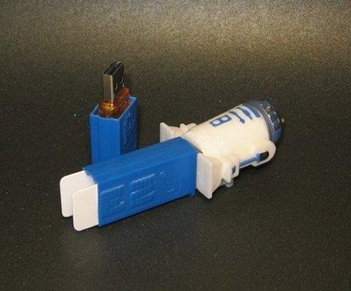 R2D2 Pez Dispenser USB Flash Drive