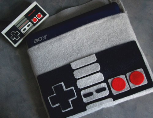 NES controller netbook cover