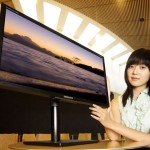 Samsung announces two SyncMaster 80 LCD displays
