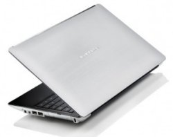 Averatec N3400 13-Inch aluminum notebook