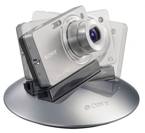 Sony intros automated, photo-taking camera dock 