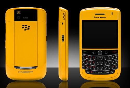 ColorWare paints up the BlackBerry Tour