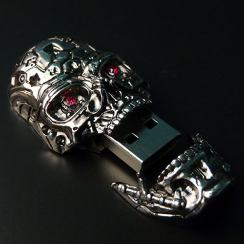 Terminator 4 T-600 USB skull drive