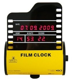 Roll Film Clock is for the nostalgic shutterbug