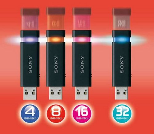 Sony unveils 32GB MicroVault Click