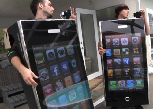 42″ Flatscreen TV turned into a working iPhone costume