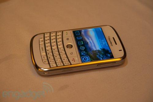 BlackBerry Bold in white