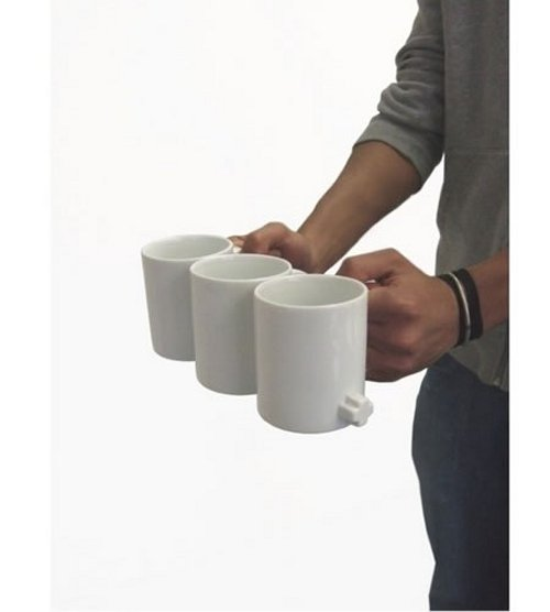 Link Mugs help you carry multiple coffees easily