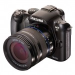 Samsung unveils NX10 digital camera