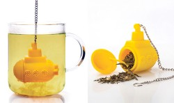 Yellow Submarine tea infuser is how the Beatles drink tea