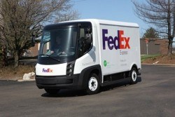 FedEx rolls out electric trucks