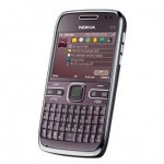 Nokia releases purple E72 for the ladies
