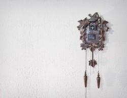Twitwee Clock combines tweets with a Cuckoo clock