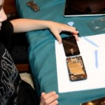 10-year old repairs cracked iphone glass for $22
