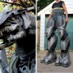 7 foot tall Halo Elite costume is scary