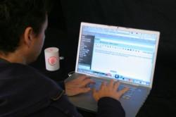 Desktop gadget sprays stink when you type dirty words