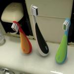 Self-standing toothbrush