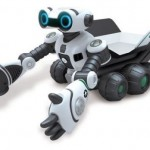 WowWee's Roboscooper picks things up