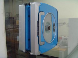 Windoro windows cleaning robot