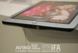Coby shows off 8 inch Android MID