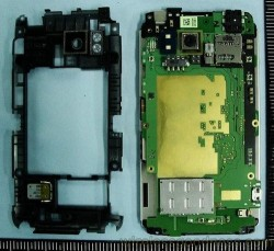 HTC Thunderbolt gets it's first teardown
