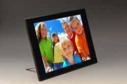 Pix-Star FotoConnect HD 10-inch digiframe